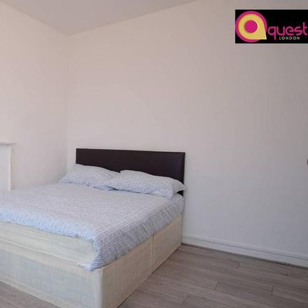 Rent this 1 bed room on Wheler House in Quaker Street, London E1 6SD