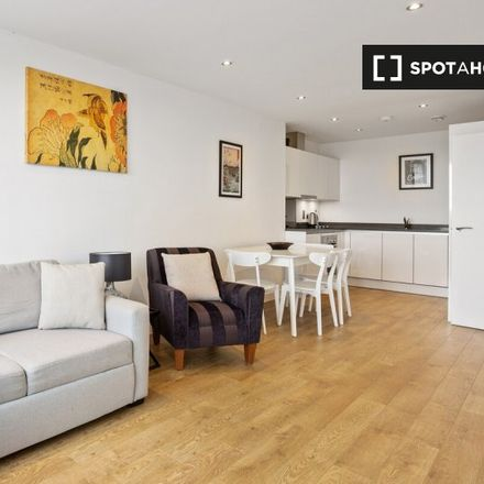 Rent this 1 bed apartment on 2-18 Brinton Walk in London SE1 0XD, United Kingdom