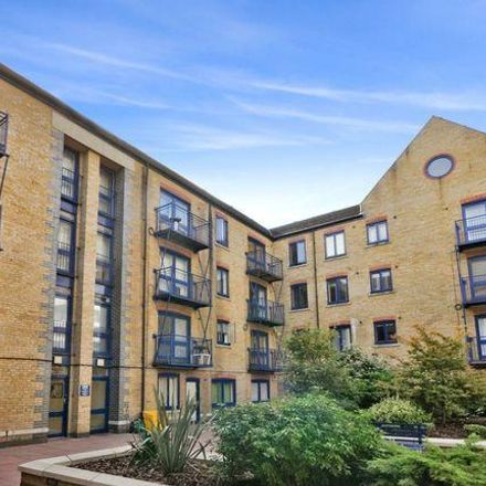 Rent this 2 bed apartment on Douglas Path in 1, London E14 3GR