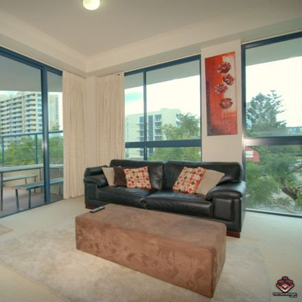 Rent this 2 bed apartment on ID:3803501/45 Deakin Street
