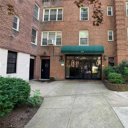 Rent this 1 bed condo on Parsons Boulevard in New York, NY 11354