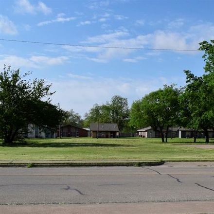 Rent this 0 bed house on 523 North Houston Street in Granbury, TX 76048