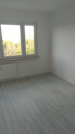 Rent this 2 bed apartment on Dietrich-Bonhoeffer-Straße in 06712 Zeitz, Germany