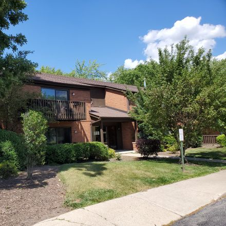 Rent this 2 bed townhouse on 33561 N Royal Oak Ln in Grayslake, IL
