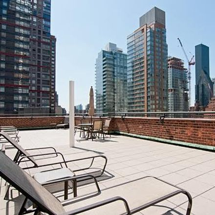 Rent this 1 bed condo on New York