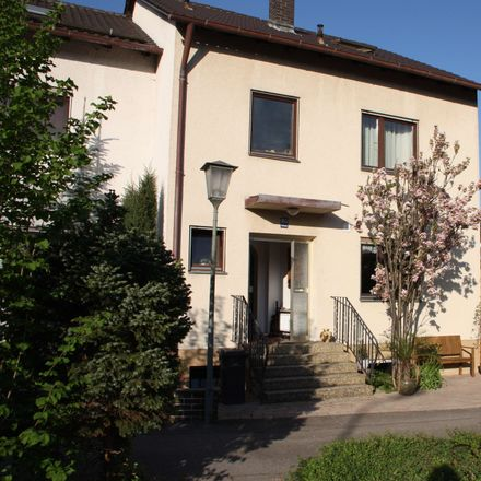 Rent this 6 bed townhouse on Stadtwaldstraße 101 in 85368 Moosburg, Germany