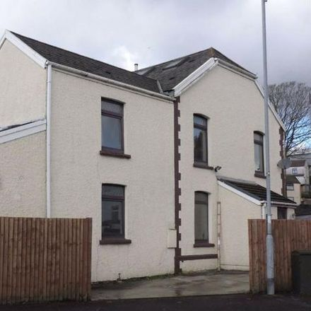 Rent this 3 bed house on Ebenezer Evangelical Church in New Road, Neath Abbey SA10 7NH