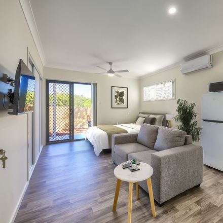 Rent this 1 bed apartment on 76a Rowe Terrace