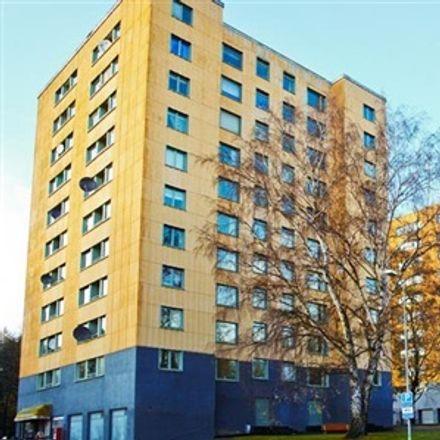Rent this 4 bed apartment on Höstvädersgatan in 418 33 Gothenburg, Sweden