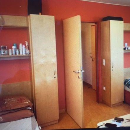 Rent this 2 bed room on Eichenstraße 46 in 1120 Wien, Österreich
