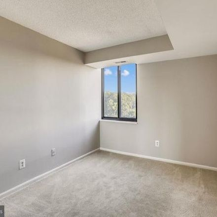 Rent this 2 bed condo on Spring Lake Drive in Potomac, MD 20817