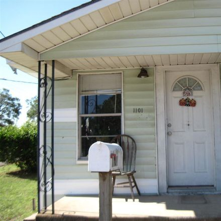 Rent this 3 bed house on 1101 North W Street in Pensacola, FL 32505