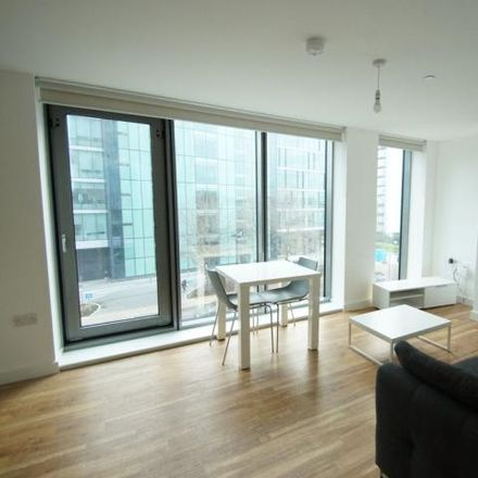 Rent this 2 bed apartment on Michigan Point Tower A in 9 Michigan Avenue, Salford M50 2HG