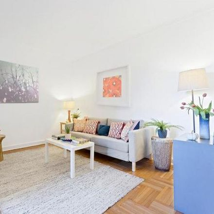 Rent this 2 bed condo on 44 Prospect Park West in New York, NY 11215