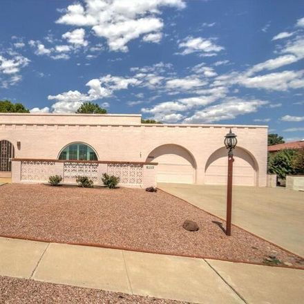 Rent this 2 bed house on Pso Chuparosas in Green Valley, AZ