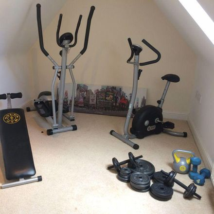 Rent this 1 bed room on Hornscroft Park in Hull HU7 3GS, United Kingdom