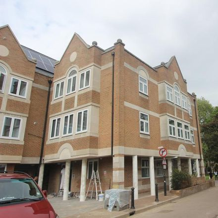 Rent this 2 bed apartment on Walpole Court in Ealing Green, London W5 5QS