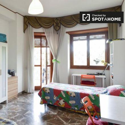 Rent this 6 bed room on Viale Leonardo da Vinci in 00145 Rome RM, Italy