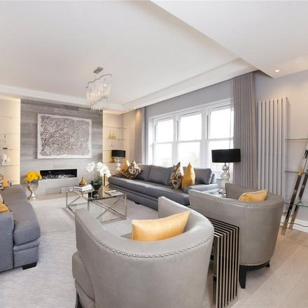 Rent this 3 bed apartment on Belsize Court in Wedderburn Road, London NW3 5QS