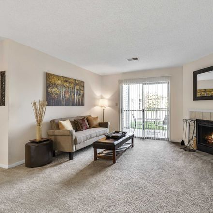 Rent this 2 bed apartment on 3000 Green Arbor Lane in Columbus, OH 43017