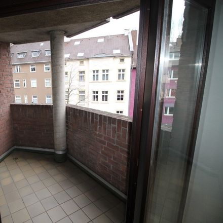 Rent this 1 bed apartment on Oberbilker Allee 78 in 40227 Dusseldorf, Germany