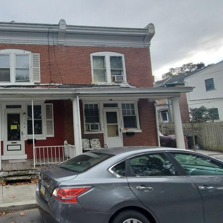 Rent this 3 bed townhouse on South Hanover Street in Lebanon, PA 17046