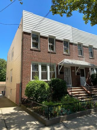 Rent this 4 bed townhouse on 288 Logan Avenue in New York, NY 10465