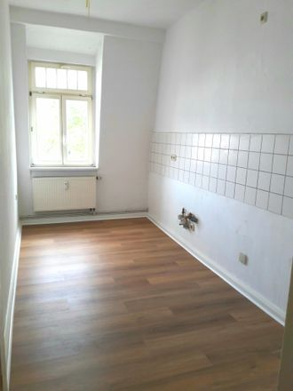 Rent this 3 bed apartment on Peter-Cornelius-Straße 6 in 99423 Weimar, Germany