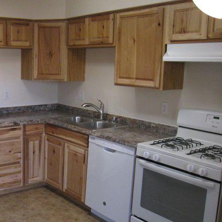 Rent this 3 bed house on E Desert Shadows Dr in Sierra Vista, AZ