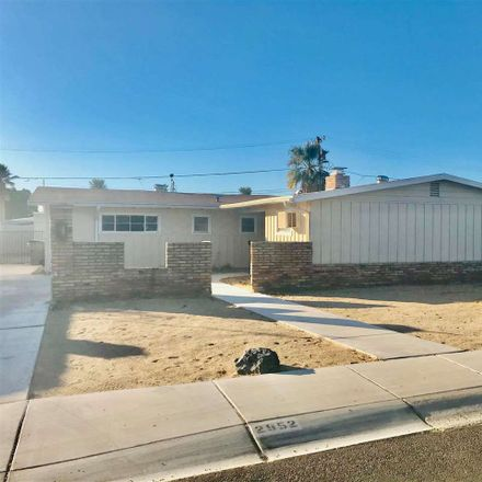 Rent this 3 bed house on 2952 South Elm Street in Yuma, AZ 85364