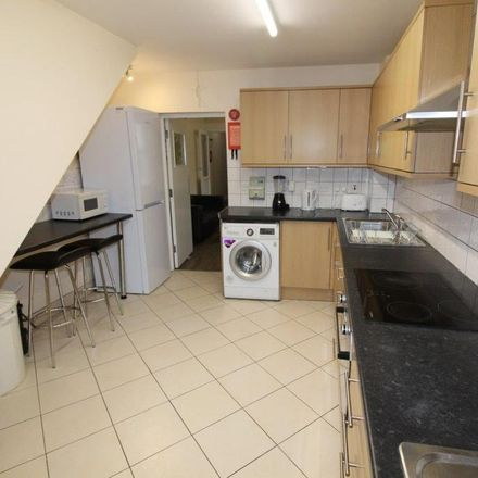 Rent this 5 bed house on Colchester Street in Coventry CV1 5NZ, United Kingdom