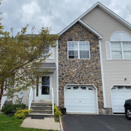 Rent this 3 bed townhouse on Hillsborough Township in 19 Jill Court, Bloomingdale
