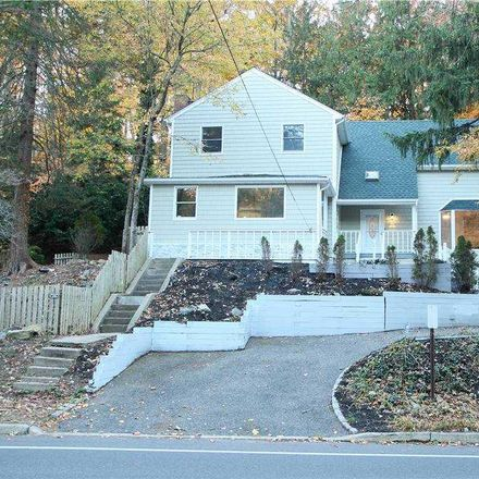 Rent this 3 bed house on 147 Waterside Ave in Northport, NY