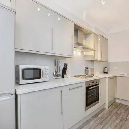Rent this 5 bed apartment on 13 Polwarth Gardens in City of Edinburgh EH11 1LQ, United Kingdom