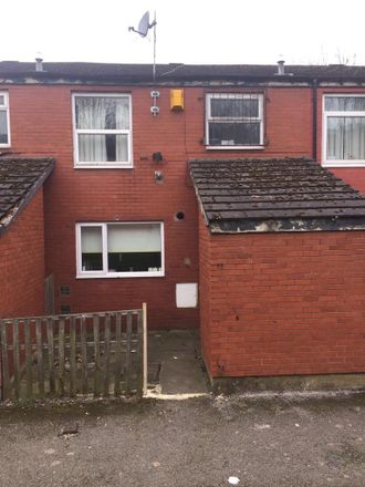 Rent this 3 bed room on St John's Close in Leeds LS6 1SE, United Kingdom
