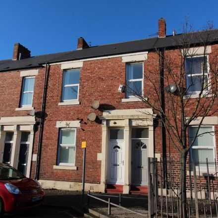 Rent this 3 bed apartment on Discount Store in Howdon Road, North Tyneside NE29 6ST