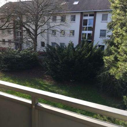 Rent this 3 bed apartment on Nievelsteinstraße 12 in 41199 Mönchengladbach, Germany