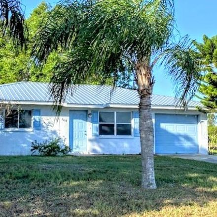 Rent this 2 bed house on Redwood Dr in LaBelle, FL