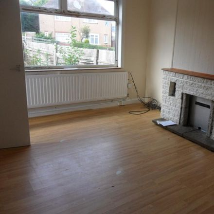 Rent this 3 bed house on The Farmstead in Coventry CV3 1EB, United Kingdom