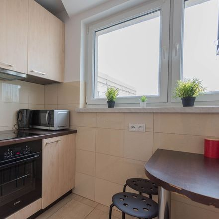 Rent this 3 bed room on Chmielna 98 in 00-801 Warsaw, Poland