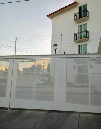 Rent this 2 bed apartment on Calle Puerto Rico in 37340 León, GUA