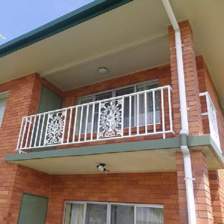 Rent this 3 bed apartment on 8/136 Patterson Parade