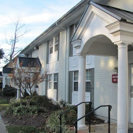 Rent this 2 bed apartment on Elliott House in 520 Newport Avenue, Williamsburg