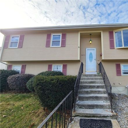 Rent this 3 bed house on 18 Berclay Street in Johnston, RI 02919