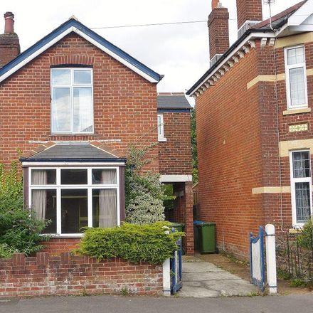Rent this 2 bed house on 6 Vinery Road in Southampton SO16 6HN, United Kingdom