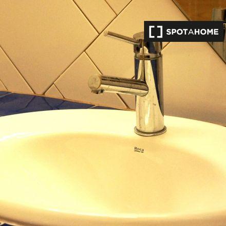 Rent this 2 bed apartment on Subdelegació del Govern in Avinguda del Marquès de l'Argentera, CP 08003 Barcelona