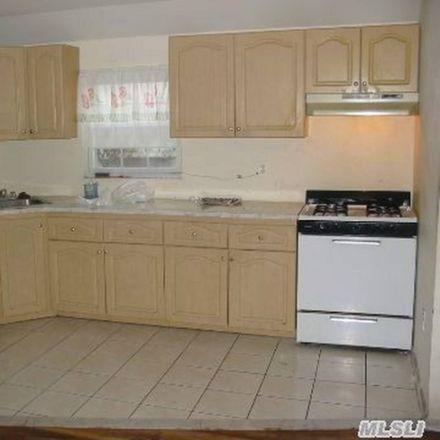 Rent this 3 bed apartment on Rockaway Fwy in Far Rockaway, NY