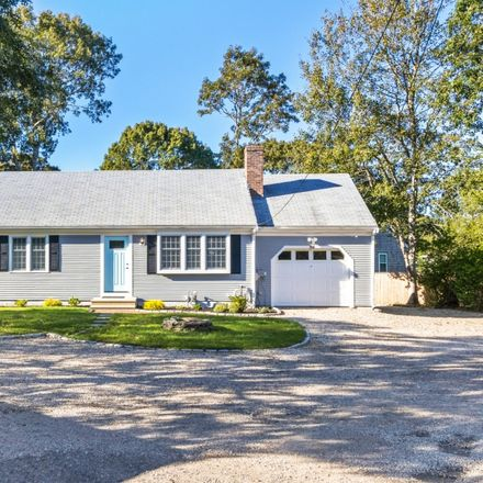 Rent this 3 bed house on 30 Wellesley Circle in Barnstable, MA 02601