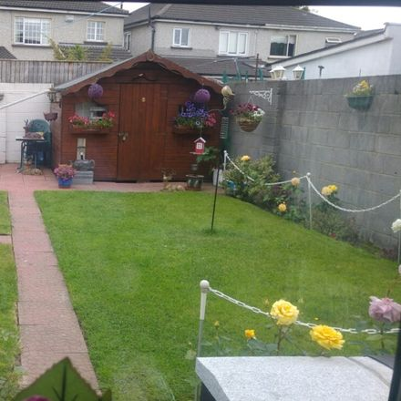 Rent this 3 bed house on Dublin in Cabra West C ED, L