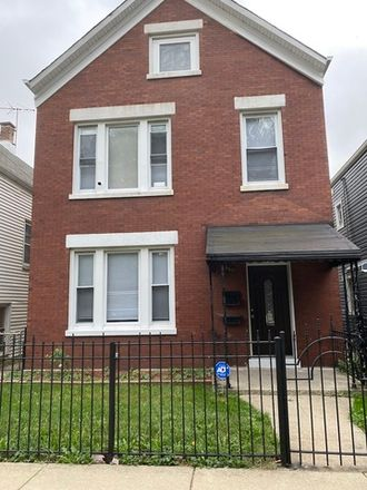 Rent this 1 bed townhouse on 5511 West 23rd Street in Cicero, IL 60804